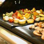 Tapis de barbecue | Feuilles de cuisson | set de 3 pièces | réutilisable | fabriqué en silicone avec teflon | 100% anti-adhésif | accessoires bbq de la marque Coninx® image 4 produit